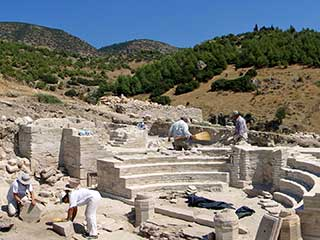Archaeological Tours